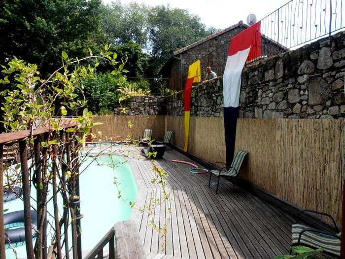 Le Cledier - Swimming Pool Decking