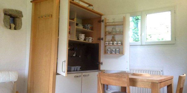 cledier-kitchen-behind-doors